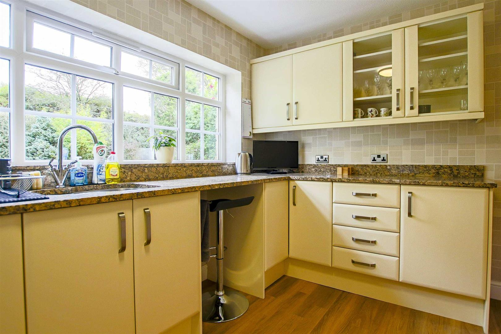 5 Bedroom Detached House For Sale - Image 27